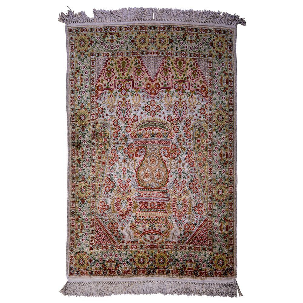 Isfahan Persian area rugs, hand-woven