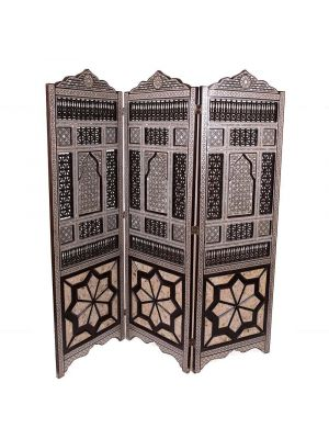 Unique handmade Egyptian three-fold Mashrabiyya (screen/privacy screen) inlaid with Mother of Pearl
