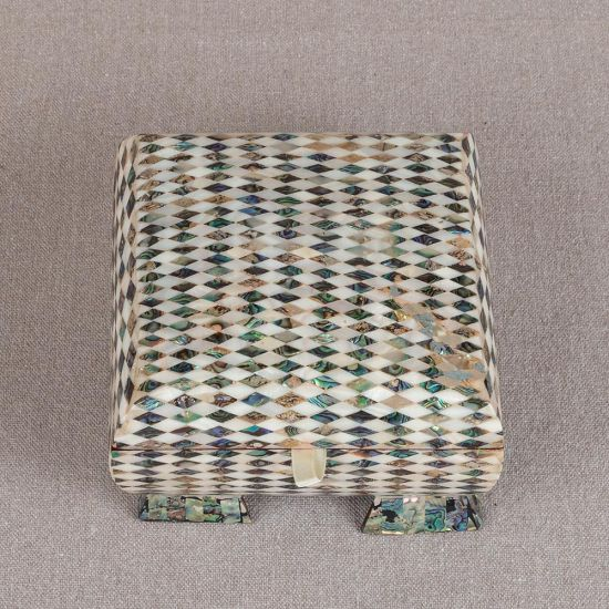 The Best Jewelry Boxes | Mother of Pearl Trinket Box | Mother of Pearl Jewelry Box | Mother of Pearl Boxes | Swan Bazaar