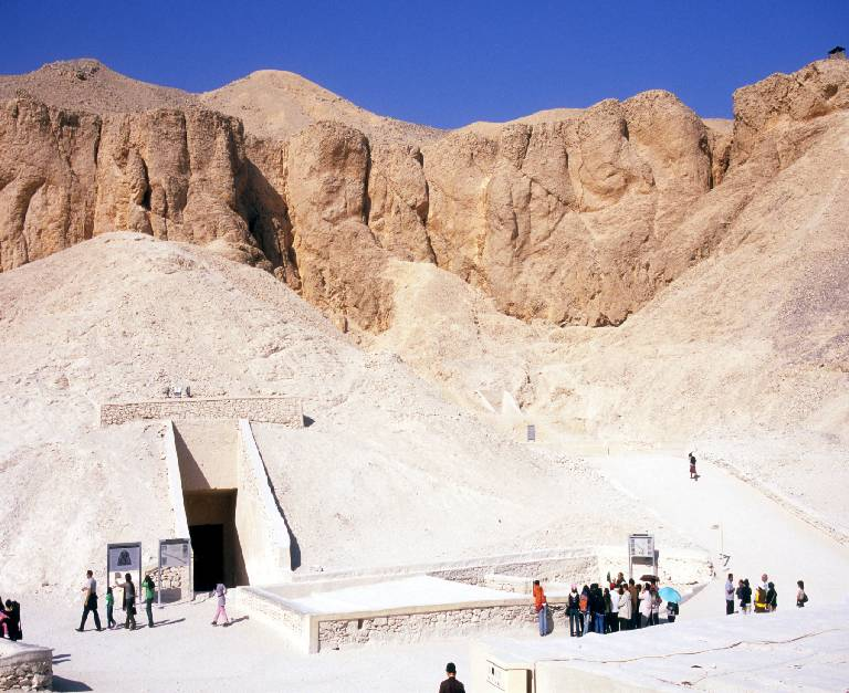Burial Ceremonies and Famous Egyptian Burial Sites